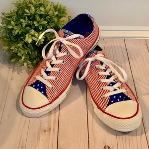 Converse shoes red white blue stripes stars EUC 10